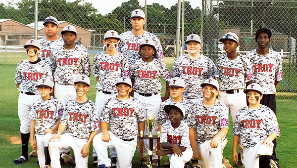 Picture from right to left are, front row--Noah Prestwood, Coby Johnson, Matt Dubose, Jeff Warrick, Damien Rodgers, Skylar Kidd, and JD Wilson; second row--Brady Huner, Adrian Cardwell, Brady Barron, Quay Rodgers, Kase Chirico and KenCorius Boykin and back row--coaches Daniel Wilson, Chris Huner and Sherman Williams. MESSENGER PHOTO/MIKE HENSLEY