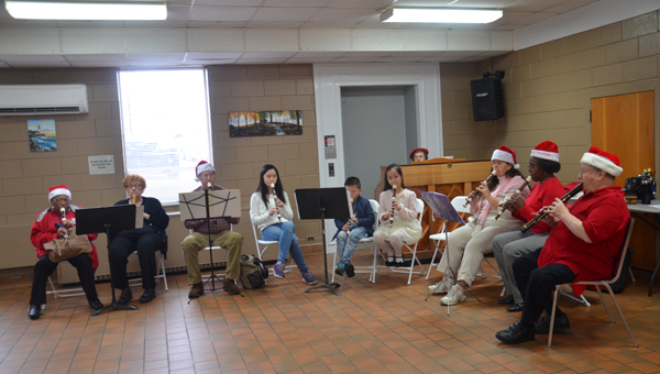 The Colley Senior Complex Recorder band provided the entertainment for the annual Christmas breakfast for seniors as the complex. The band is directed by Jim Wadowick.